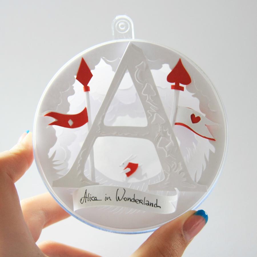 Alice-In-Wonderland-bauble-6