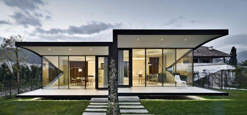 mirror house 0