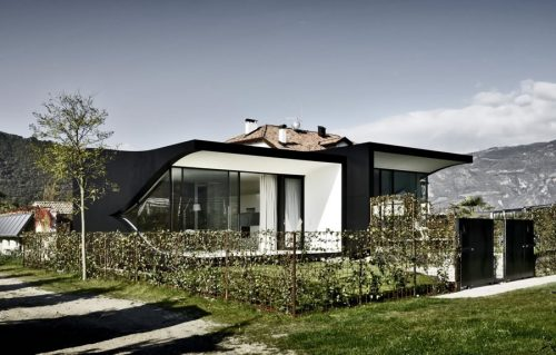 mirror house 2