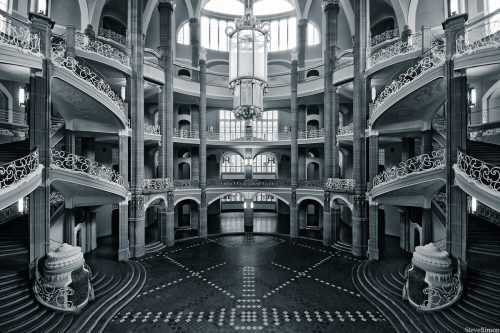 architectural-world-of-symmetry-0