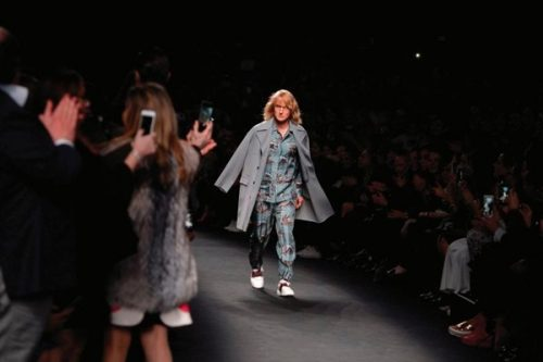 blue-steel-zoolander-and-hansel-at-valentinos-paris-fashion-show_4