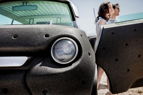 electric-car-concept-toyota-3