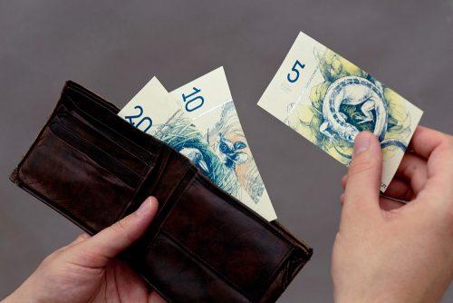 hungarian-paper-money-1