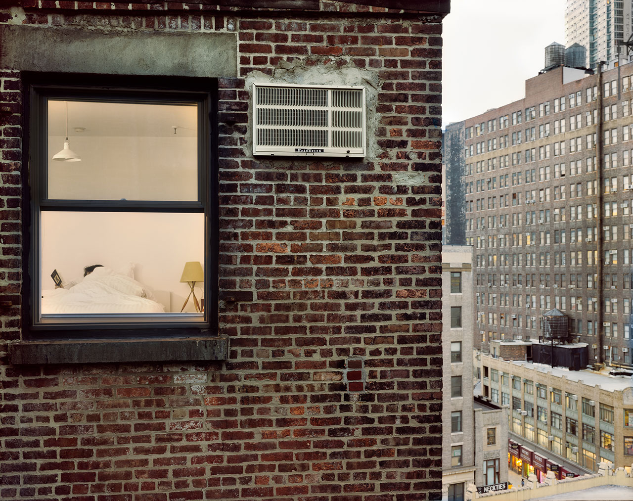 out_my_window_gail_albert_halaban_new_york_reading_in_bed